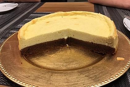 Käsekuchen  mit  Brownie Boden 2