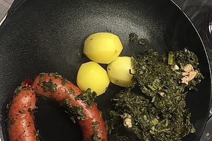Grünkohl mit Kasseler, Mettwürstchen und Kartoffeln 10