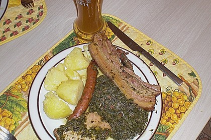 Grünkohl mit Kasseler, Mettwürstchen und Kartoffeln 24