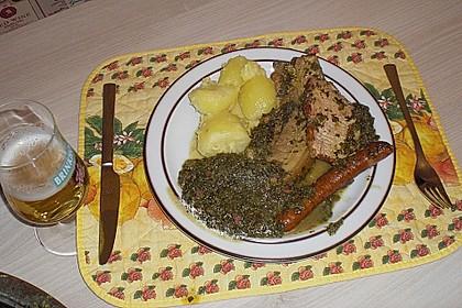 Grünkohl mit Kasseler, Mettwürstchen und Kartoffeln 25