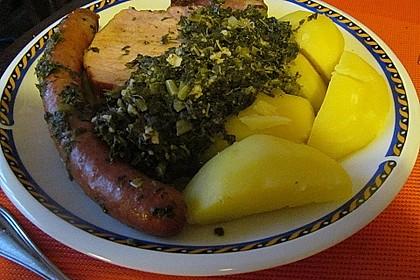 Grünkohl mit Kasseler, Mettwürstchen und Kartoffeln 17