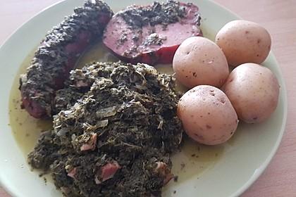 Grünkohl mit Kasseler, Mettwürstchen und Kartoffeln 21