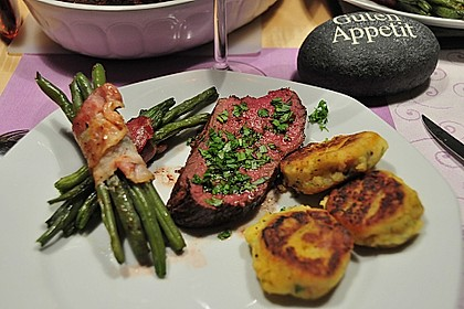 Chateaubriand mit Speckbohnen, Macaire - Kartoffeln und Sauce Béarnaise 2
