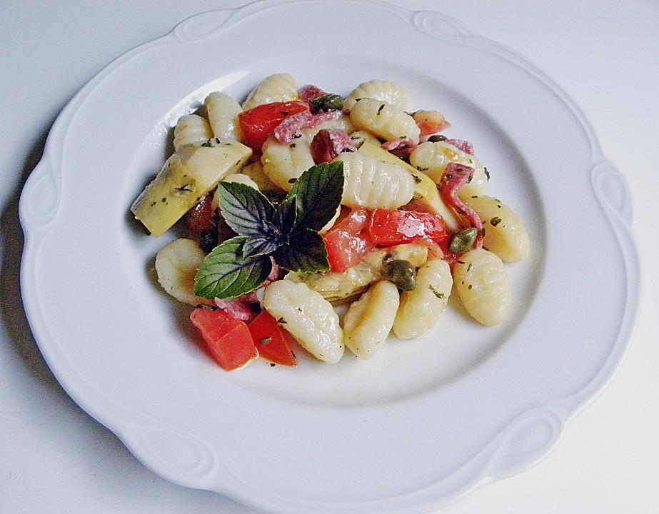 italienischer gnocchi salat rezept mit bild von 241970. Black Bedroom Furniture Sets. Home Design Ideas