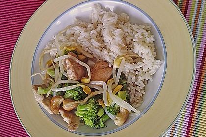 Hähnchenbrust nach Szechuan-Art mit Brokkoli 38