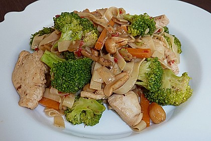 Hähnchenbrust nach Szechuan-Art mit Brokkoli 10