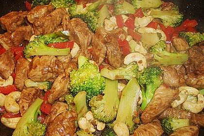 Hähnchenbrust nach Szechuan-Art mit Brokkoli 44
