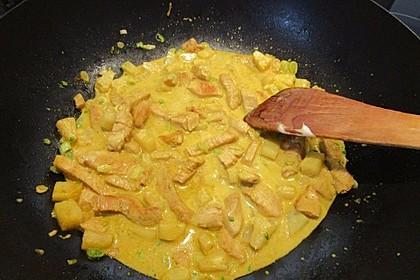 Hähnchen in Kokos Curry Soße 5