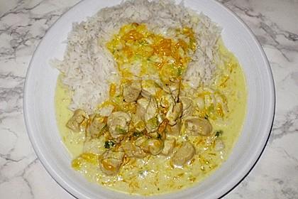 Hähnchen in Kokos - Curry - Soße 13