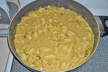 Hähnchen in Kokos - Curry - Soße 6