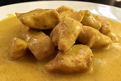 Hähnchen in Kokos - Curry - Soße 0