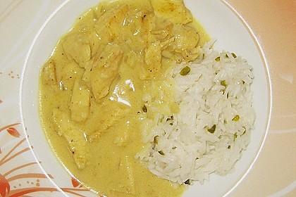 Hähnchen in Kokos - Curry - Soße 7