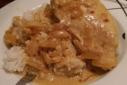 Hähnchen in Kokos Curry Soße 11