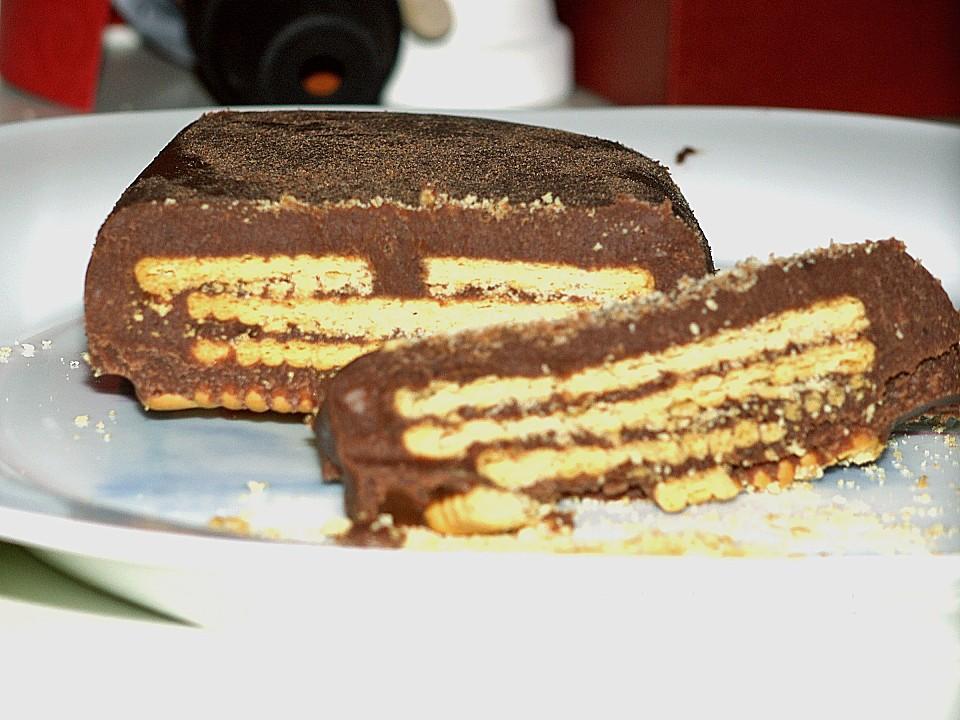 Kuchen aus keksen und schokolade