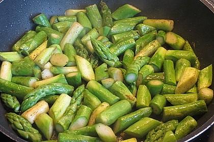 Gebratener grüner Spargel 35