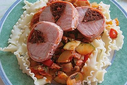 Gefüllte Schweinefilets mit Parmaschinken 4
