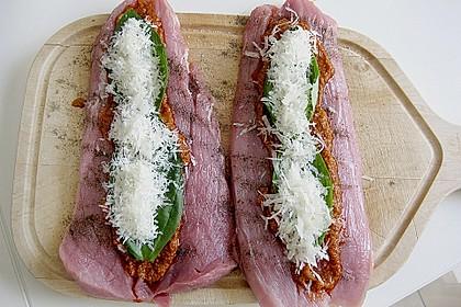 Gefüllte Schweinefilets mit Parmaschinken 10