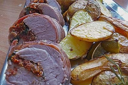 Gefüllte Schweinefilets mit Parmaschinken 8