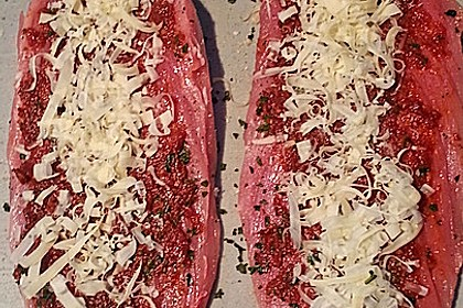 Gefüllte Schweinefilets mit Parmaschinken 76