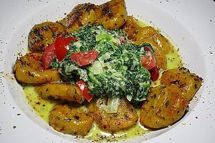 Gnocchi mit Spinat - Gorgonzolasoße 3