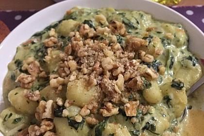 Gnocchi mit Spinat - Gorgonzolasoße 4