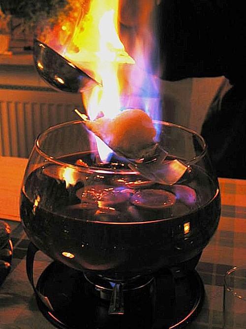 Feuerzangenbowle (Rezept mit Bild) von Sivi | Chefkoch.de