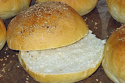 Brötchen für Hamburger 16