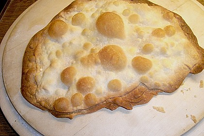 Brotfladen mit Käse