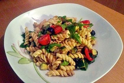 Der beste italienische Nudelsalat 15