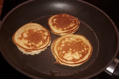 Amerikanische Pancakes 225