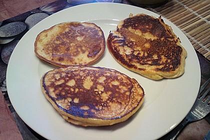 Amerikanische Pancakes 240