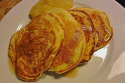 Amerikanische Pancakes 170