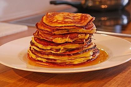 Amerikanische Pancakes 90