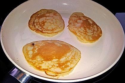 Amerikanische Pancakes 200