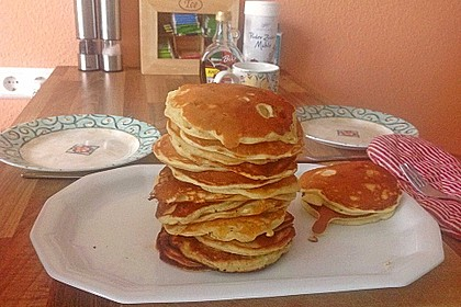 Amerikanische Pancakes 180