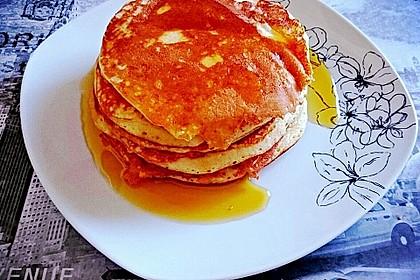 Amerikanische Pancakes 144