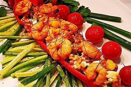 Gefüllte Paprika mit Bulgur und Feta