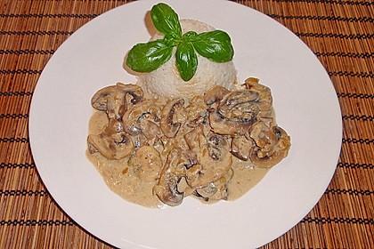 Champignons in Gorgonzola Sauce