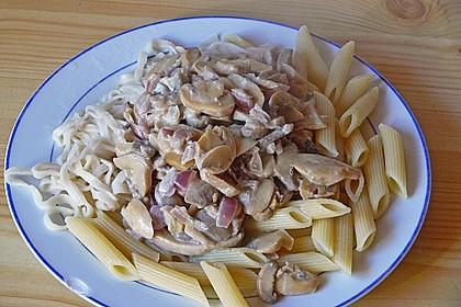Champignons in Gorgonzola Sauce 2