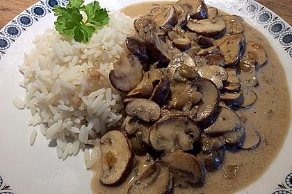 Champignons in Gorgonzola Sauce 1