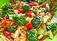 Brokkoli - Salat mit Schafskäse