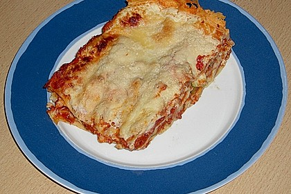 Lasagne Bolognese mit  Zucchini und Auberginen