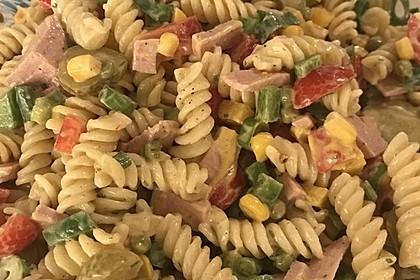 Nudelsalat mit Mayonnaise - Gurkenbrühe - Dressing 7
