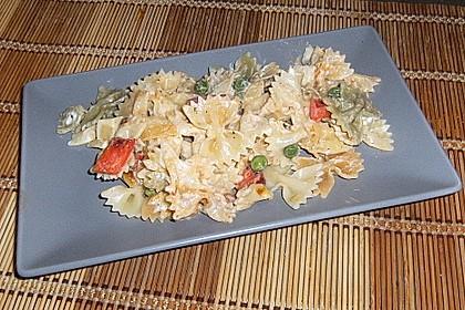 Nudelsalat mit Mayonnaise - Gurkenbrühe - Dressing 13