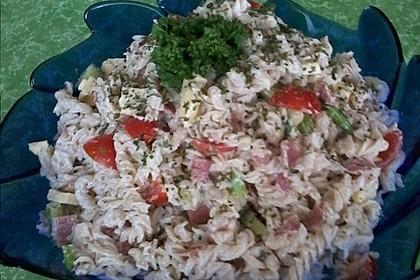 Nudelsalat mit Mayonnaise - Gurkenbrühe - Dressing 16