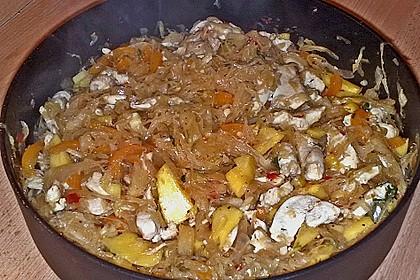 Ananas - Kraut aus dem Wok mit Straußenfleisch