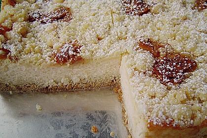 Käsekuchen mit Pudding , Grieß und Streuseln