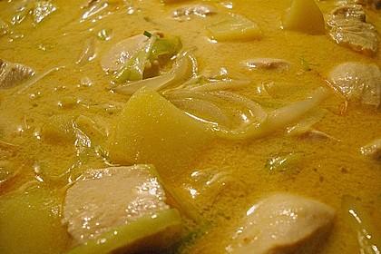 Gelbes Hühner - Curry aus dem Wok