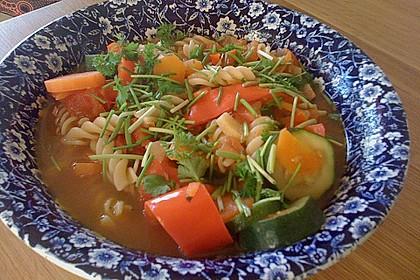 15 Minuten Gemüse-Nudel-Suppe 12