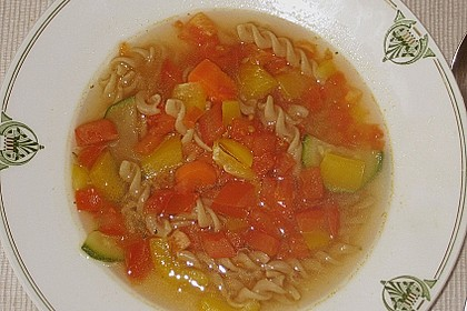 15 Minuten Gemüse-Nudel-Suppe 66